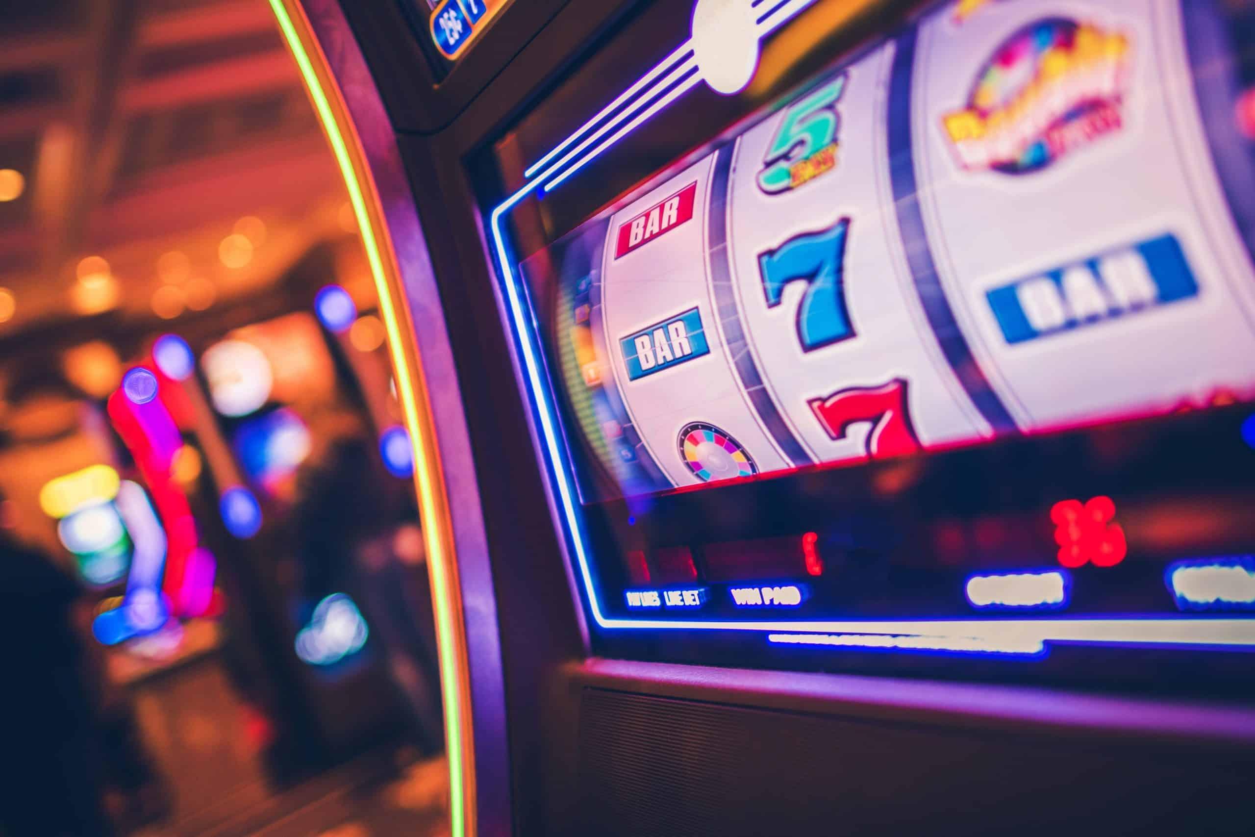 Slot Machine Rolling Drums display solutions